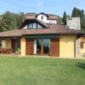 (Italiano) Ampia Villa Bifamiliare