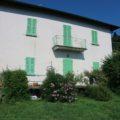 (Italiano) Casa con giardino e vista lago