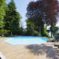 (Italiano) Con piscina e vista lago